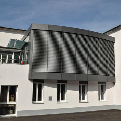 Portes, vitrages et façade fabrication made swiss CH-2853 courfaivre